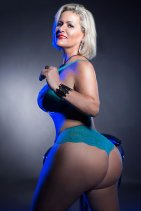 Mature Carla Montana - escort in Waterford City
