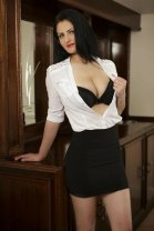 Nicole - Female in Navan